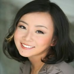 Marie Lu's picture