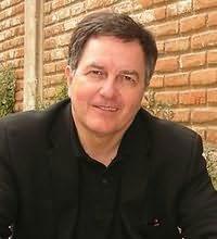 Roberto Ampuero's picture