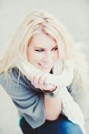 Rachel Van Dyken's picture