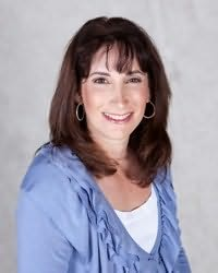 Lindsay Buroker's picture