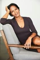Robinne Lee's picture
