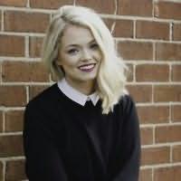 Laura Steven's picture
