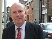 Julian Fellowes's picture