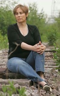 Libby Fischer Hellmann's picture