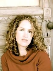 Becca Fitzpatrick's picture