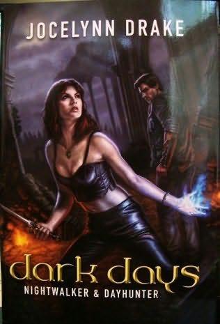 book cover of Nightwalker / Dayhunter