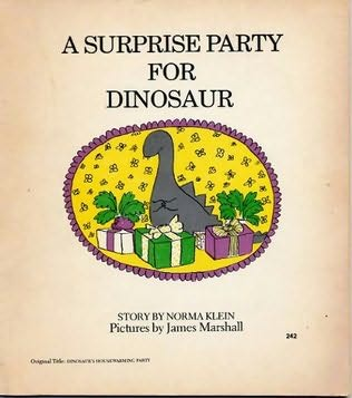 book cover of A Surprise Party for Dinosaur