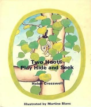 book cover of Two Hoots Play Hide and Seek