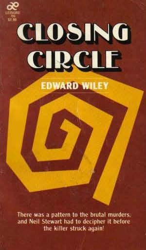 book cover of Closing Circle
