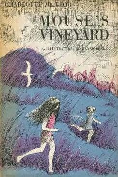 book cover of Mouse\'s Vineyard
