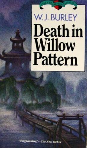 book cover of Death in Willow Pattern