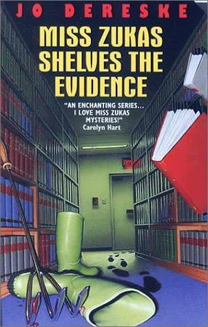 book cover of Miss Zukas Shelves the Evidence