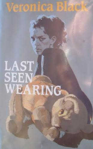book cover of Last Seen Wearing