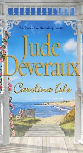 book cover of Carolina Isle