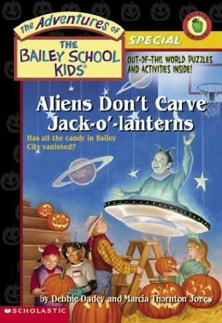 book cover of Aliens Don\'t Carve Jack-O\'-Lanterns