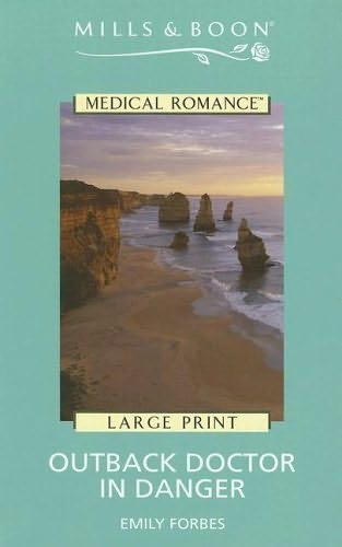book cover of Outback Doctor in Danger