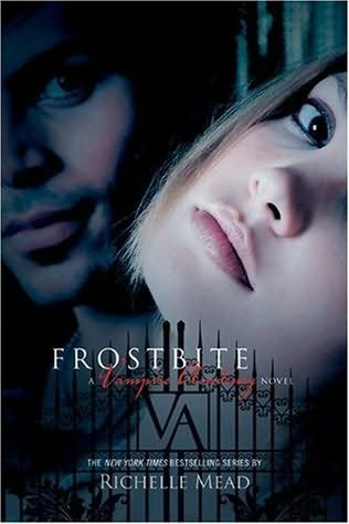 Leslie's Review: Frostbite by Richelle Mead