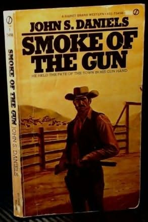 book cover of Smoke of Gun